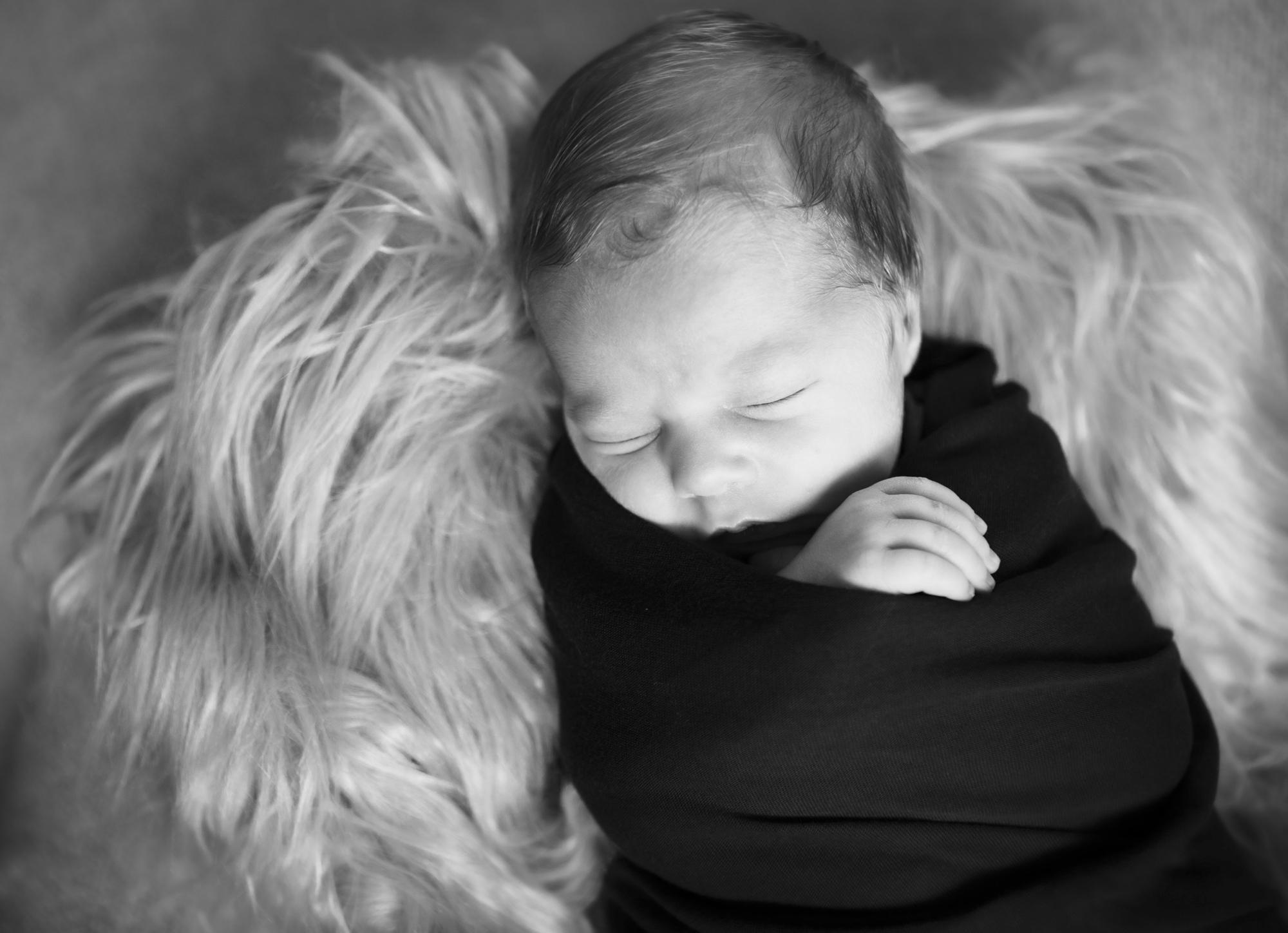 Baby Kyllian Newborn Portrait Session with Studio Misha Photogrpahy_BLOG-11.jpg