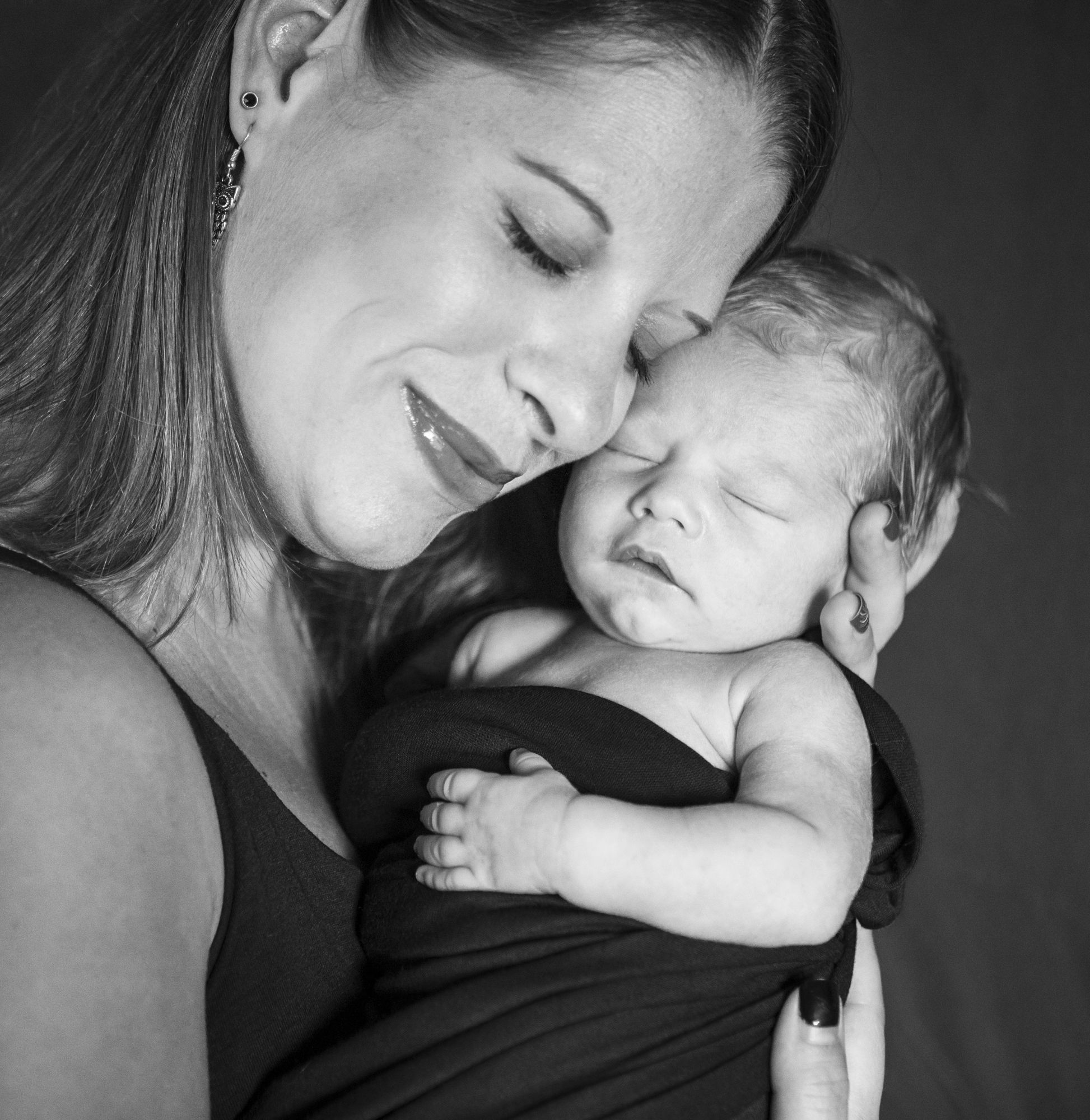 Baby Kyllian Newborn Portrait Session with Studio Misha Photogrpahy_BLOG-45.jpg