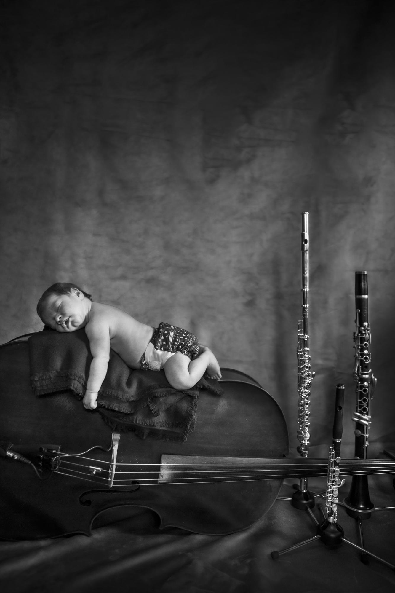Baby Kyllian Newborn Portrait Session with Studio Misha Photogrpahy_BLOG-25.jpg