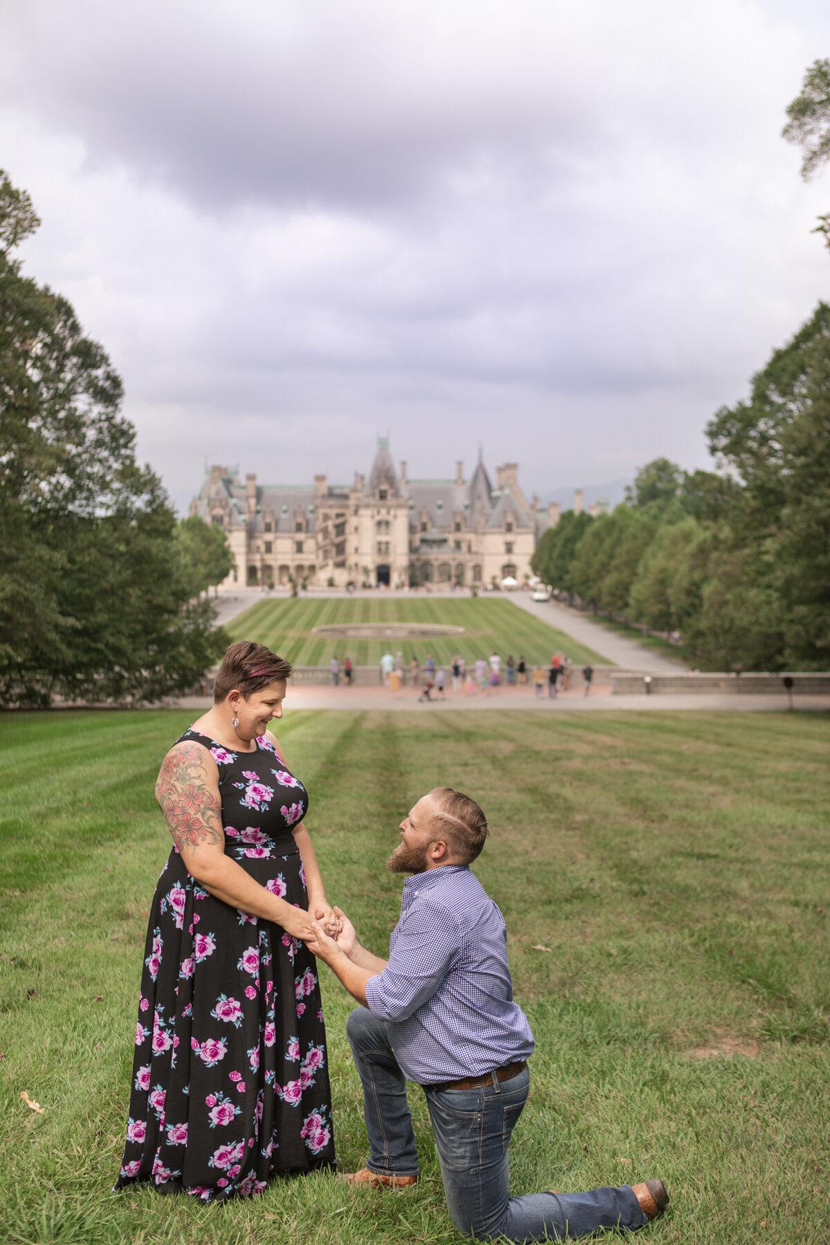 Jessica and Derek Engagement photos 2019_photos by Studio Misha_BLOG-111.jpg