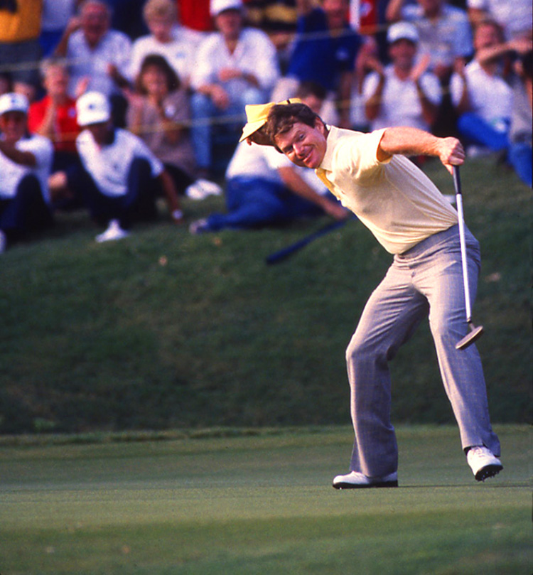 Tom Watson celebrates the end of a winless drought at the 1987 Tour Ch.