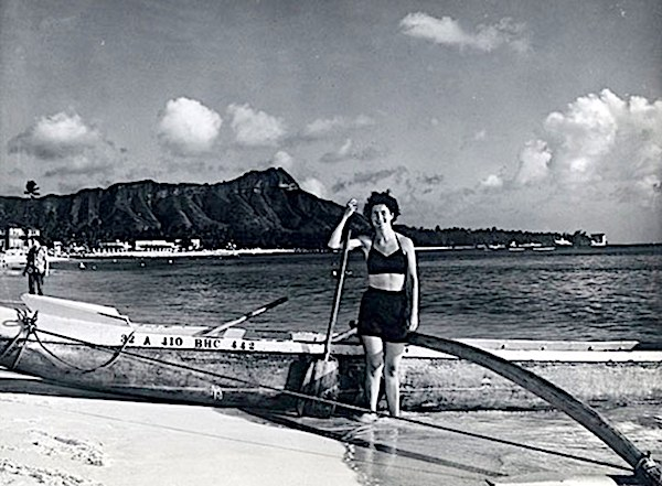 Louise Suggs on a tour of Hawaii in 1952.