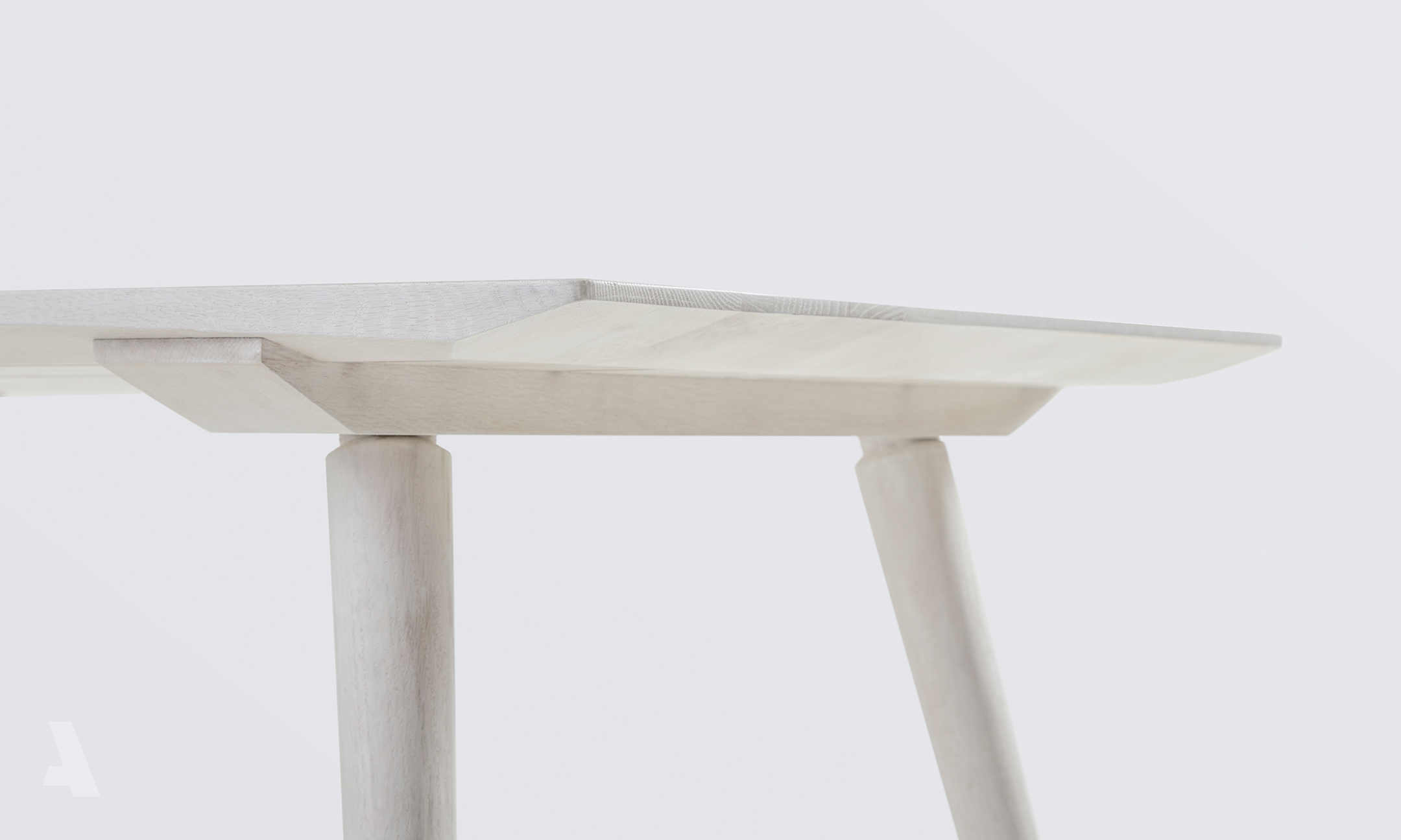 Gallery-Watermarked_0019_Dining-Table-003.jpg