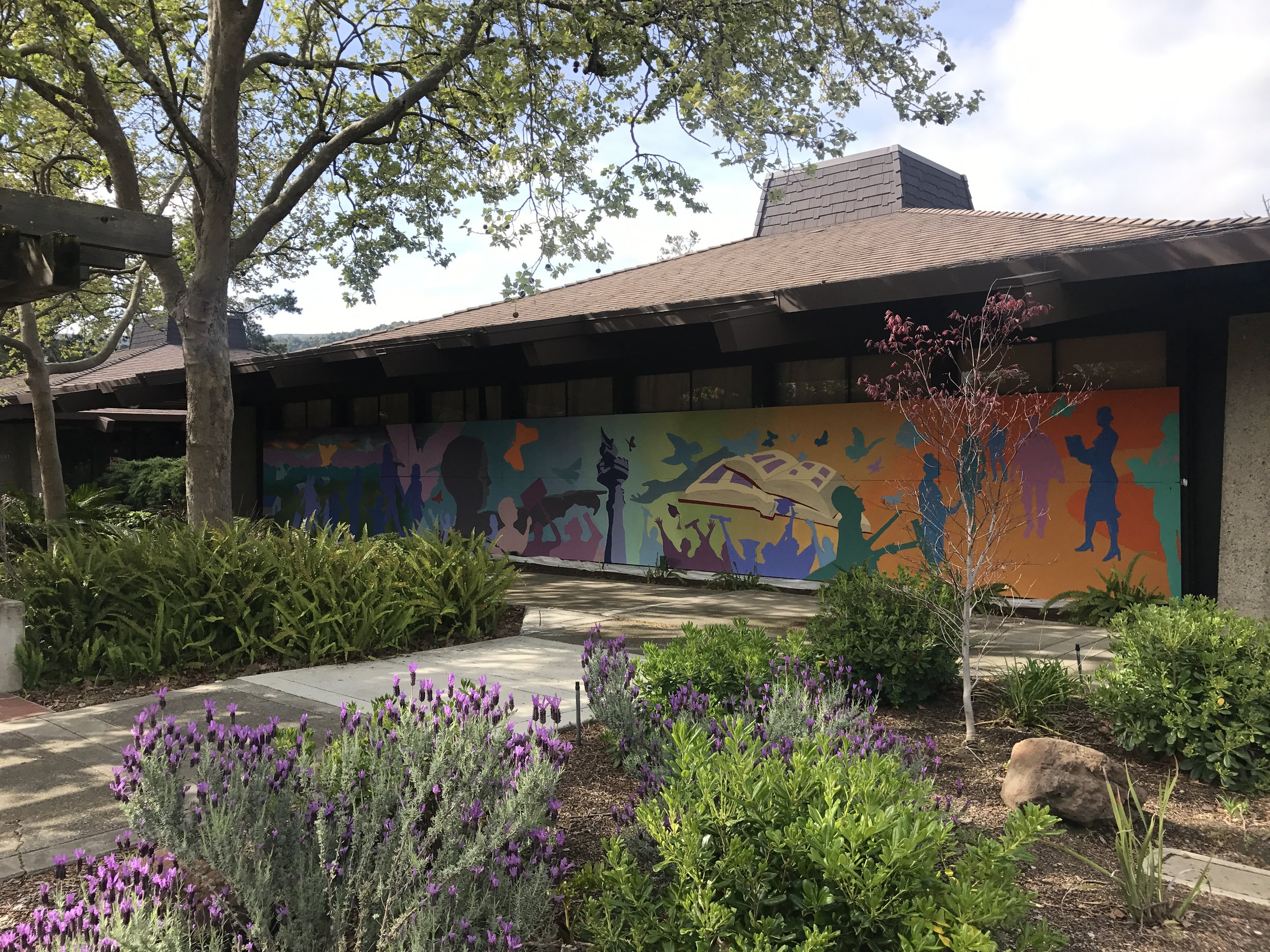 Ms. Nguyen commissioned a mural by artists and students who are DREAMers at Foothill College.