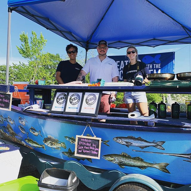 The @eating_with_the_ecosystem boat is here with @tonnogloucester! Come on down to see how a talented local chef prepares local seafood and grab a taste.