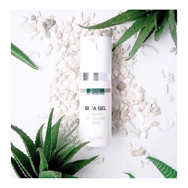 || PRODUCT HIGHLIGHT || ⠀⠀⠀⠀⠀⠀⠀⠀⠀ Meet our @dmkakin Beta Gel, if you suffer from acne and irritated skin then this is your jam! ⠀⠀⠀⠀⠀⠀⠀⠀⠀ WHY? ⠀⠀⠀⠀⠀⠀⠀⠀⠀ This transdermal serum is packed with potent betaglucan plus vitamins B and C for maximum performance. ⠀⠀⠀⠀⠀⠀⠀⠀⠀ Did you know that Betaglucan has been shown to stimulate the skin's inbuilt immune system and also work as a potent antioxidant against destructive free radicals that cause premature ageing? How incredible is that! ⠀⠀⠀⠀⠀⠀⠀⠀⠀ Our Beta Gel serum can help reduce swelling, redness and inflammation almost immediately by boosting the skin's immune defence system, allowing healthier skin cells to fight back. ⠀⠀⠀⠀⠀⠀⠀⠀⠀ If you are in need of alll the above, head on over to our website to purchase yours today!