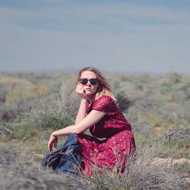 Ellyn . . . #laphotographer #portraitphotography #photography #desert #joshuatree #portraits #landscapephotography #southerncalifornia #portraitproject #shootaesthetics #earth_portraits