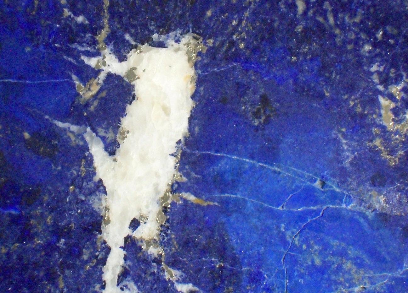 lapis-lazuli-261309_1920 copy.jpg