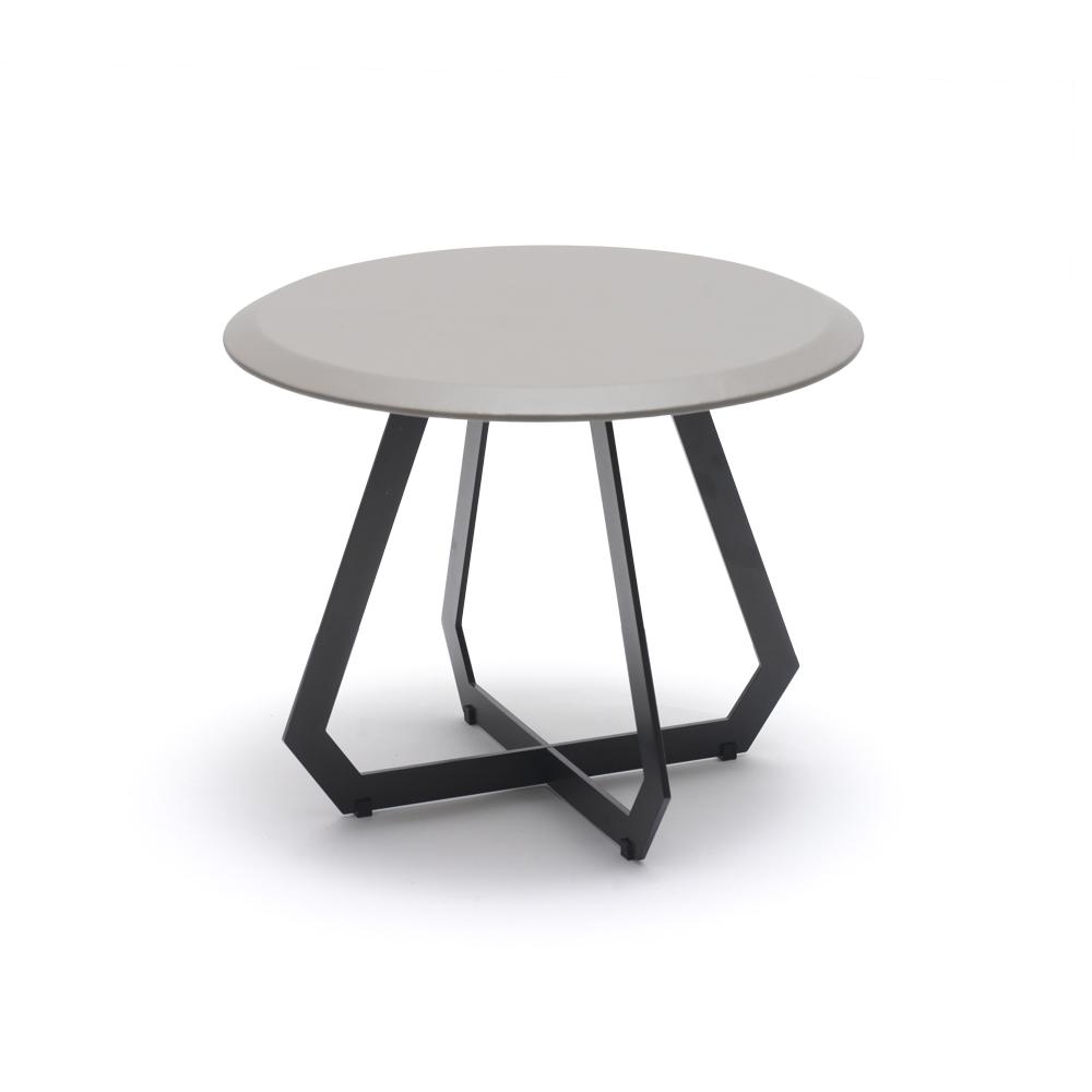 Marie-Burgos-Design.Fetish-table.Ø40.Black-Grey.MBcollection.jpg