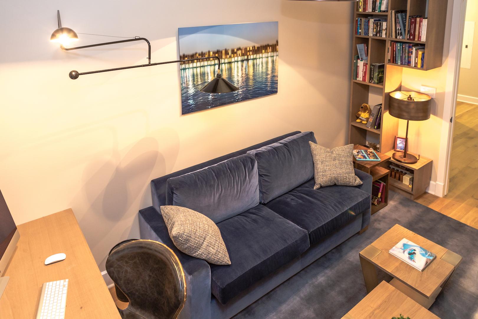 Marie-Burgos-Design.Interior.Edge-Light.MBcollection.jpg
