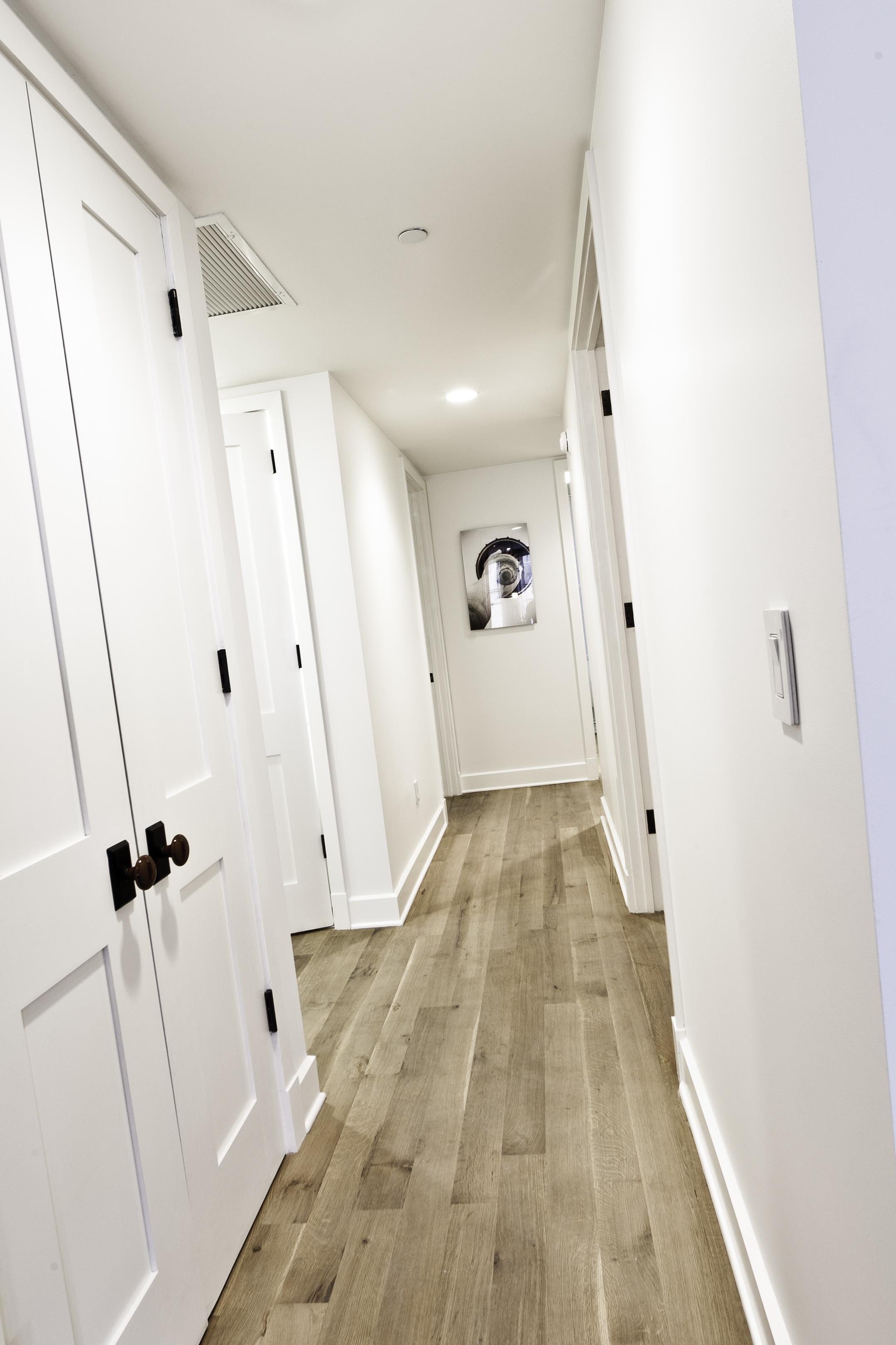 Marie-Burgos-Design.La-Torche.Interior.Francis-Augustine.Close-up.MBcollection.jpg