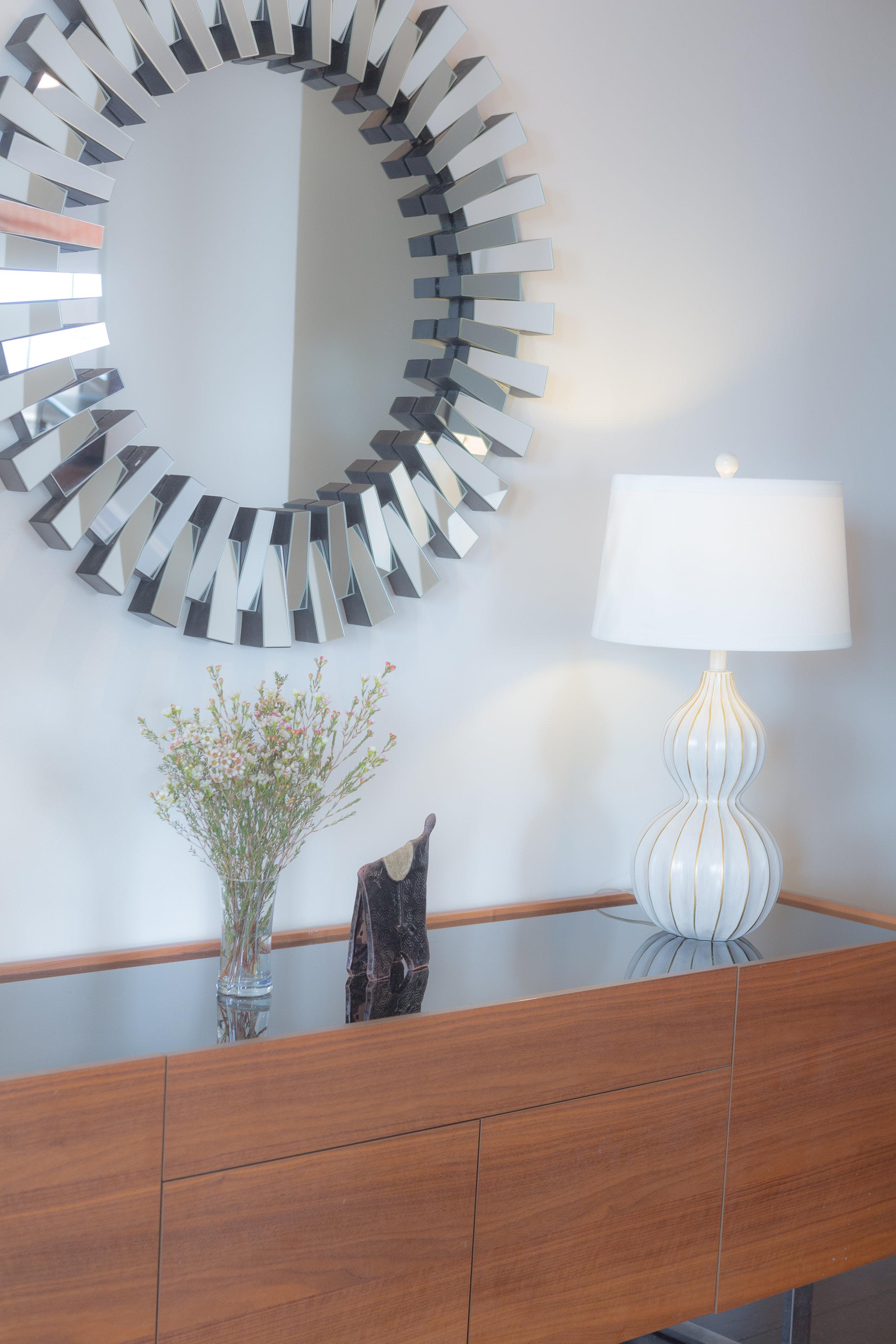 Marie-Burgos-Design.Bonbon-Chouval-%22Or%22-Sculpture.Int.MBcollection.jpg