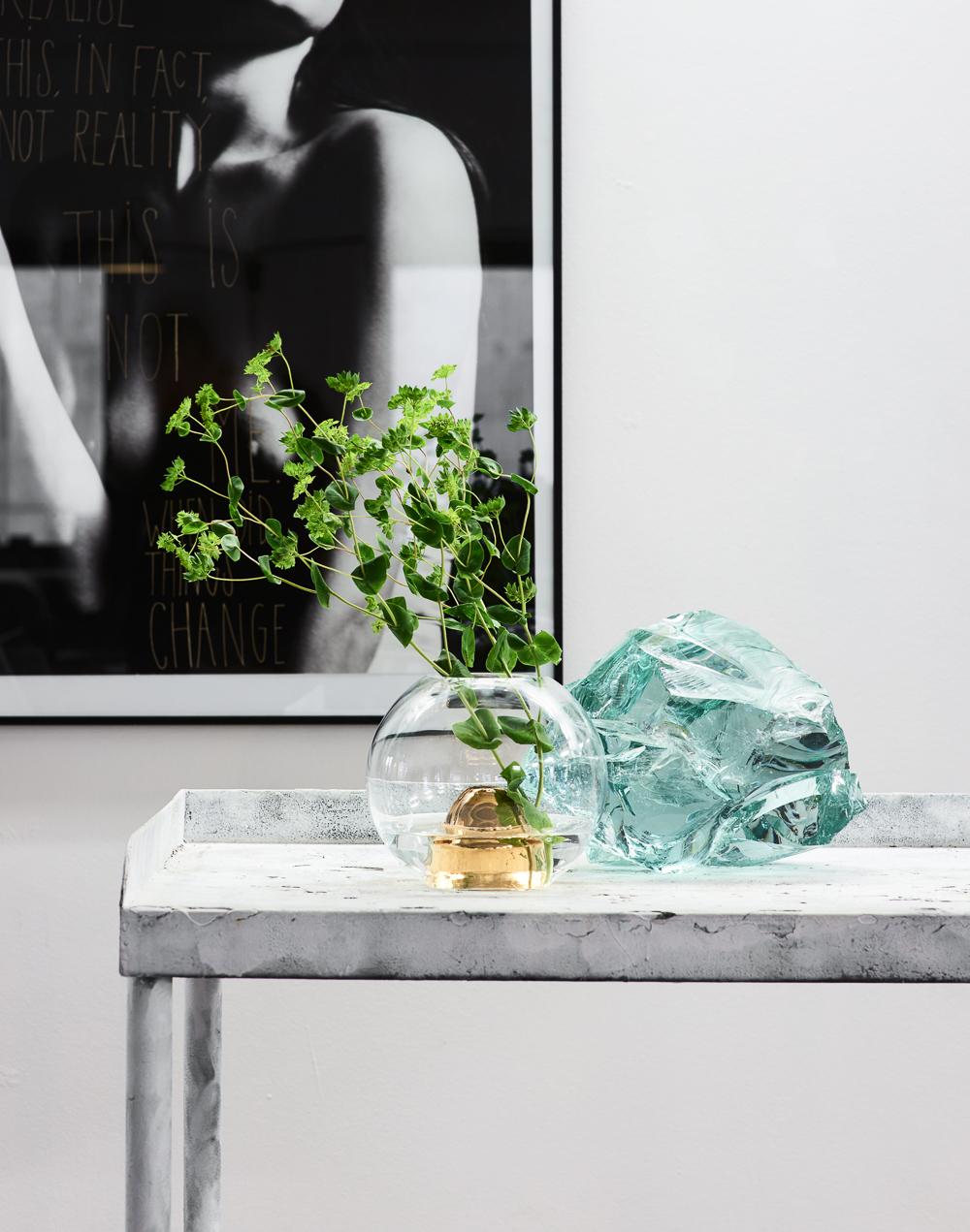 Marie-Burgos-Design.Flower-Bullet-Clear.Interior.MBcollection.jpg