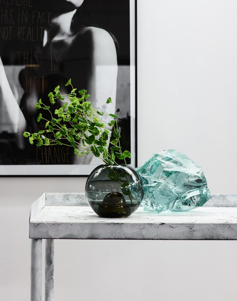 Marie-Burgos-Design.Flower-Bullet-Smoke.Interior.MBcollection.jpg
