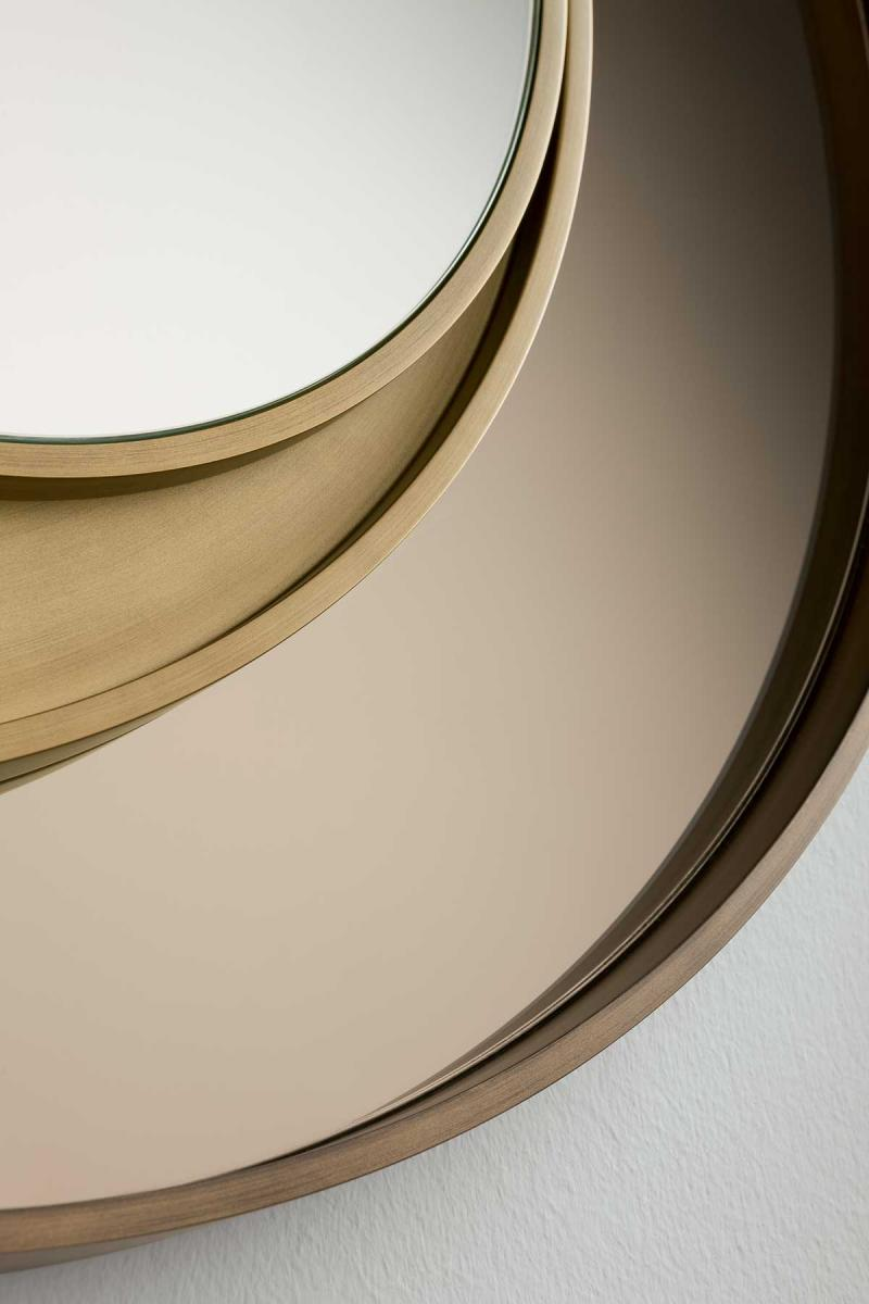 Marie-Burgos-Design.Eclisse-Triple.Mirror.Close-up.MBcollection.jpg