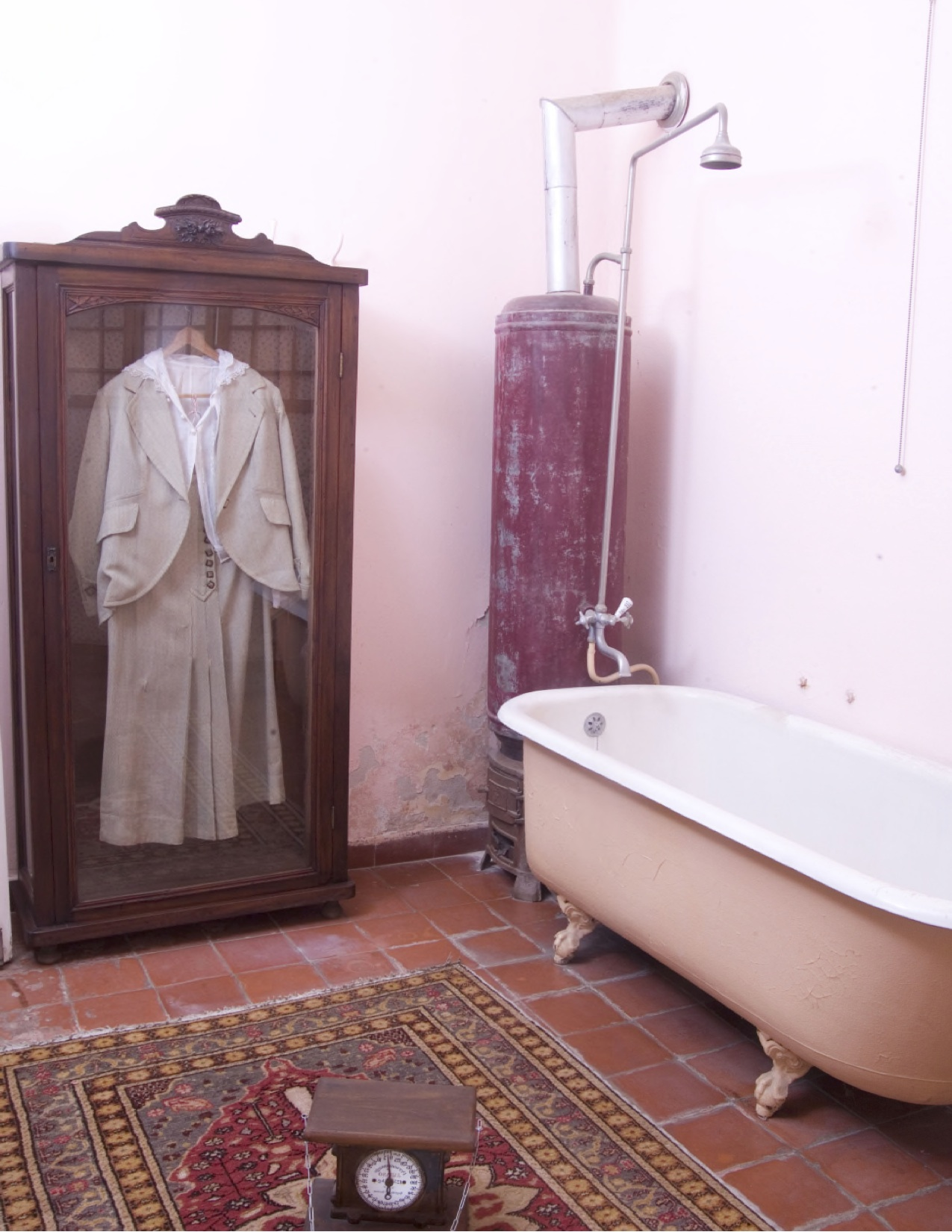Aaron's bathroom preserved as it was on October 5, 1917