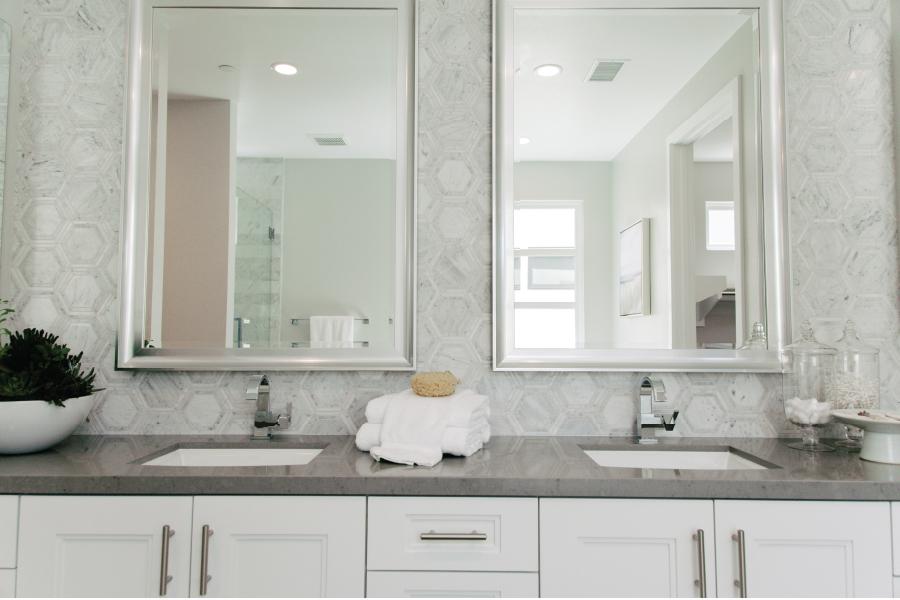 bath2-new-home-the-collection-playa-vista-california-brookfield-residential-900x600.jpg