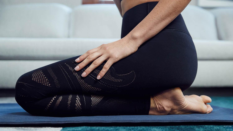 Krystina-Holbrook-yogi-yoga-at-home-for-lululemon-29404-MK-Matt-Korinek-Photography-Copyright-2019-SQSP-1500px.jpg