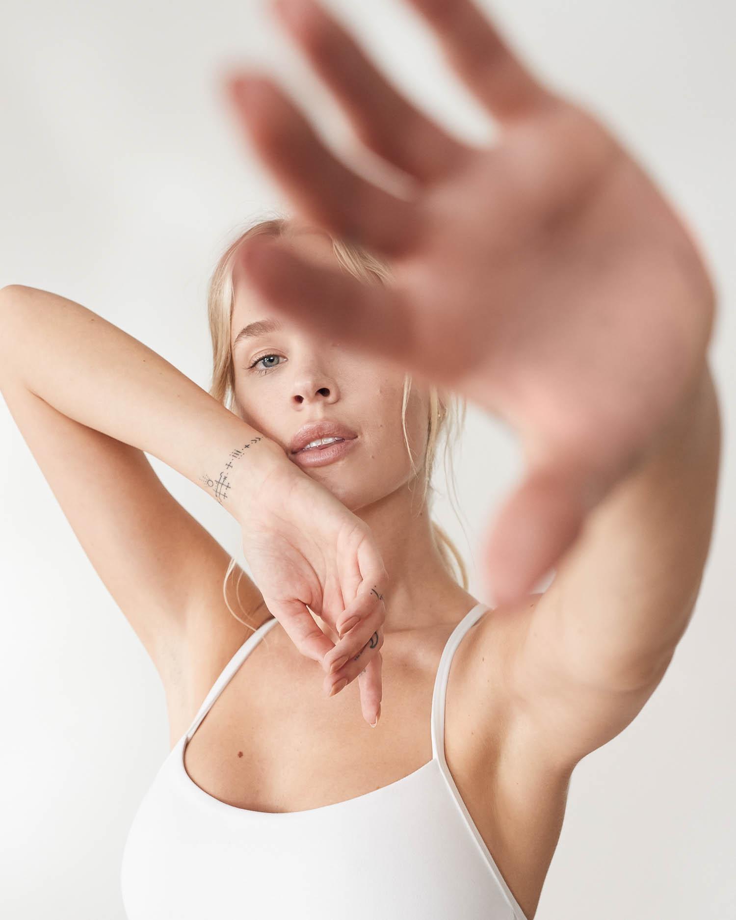 Holly-Graves-Annapurna-yoga-for-lululemon-32943-MK-Matt-Korinek-Photography-Copyright-2019-SQSP-1500px.jpg
