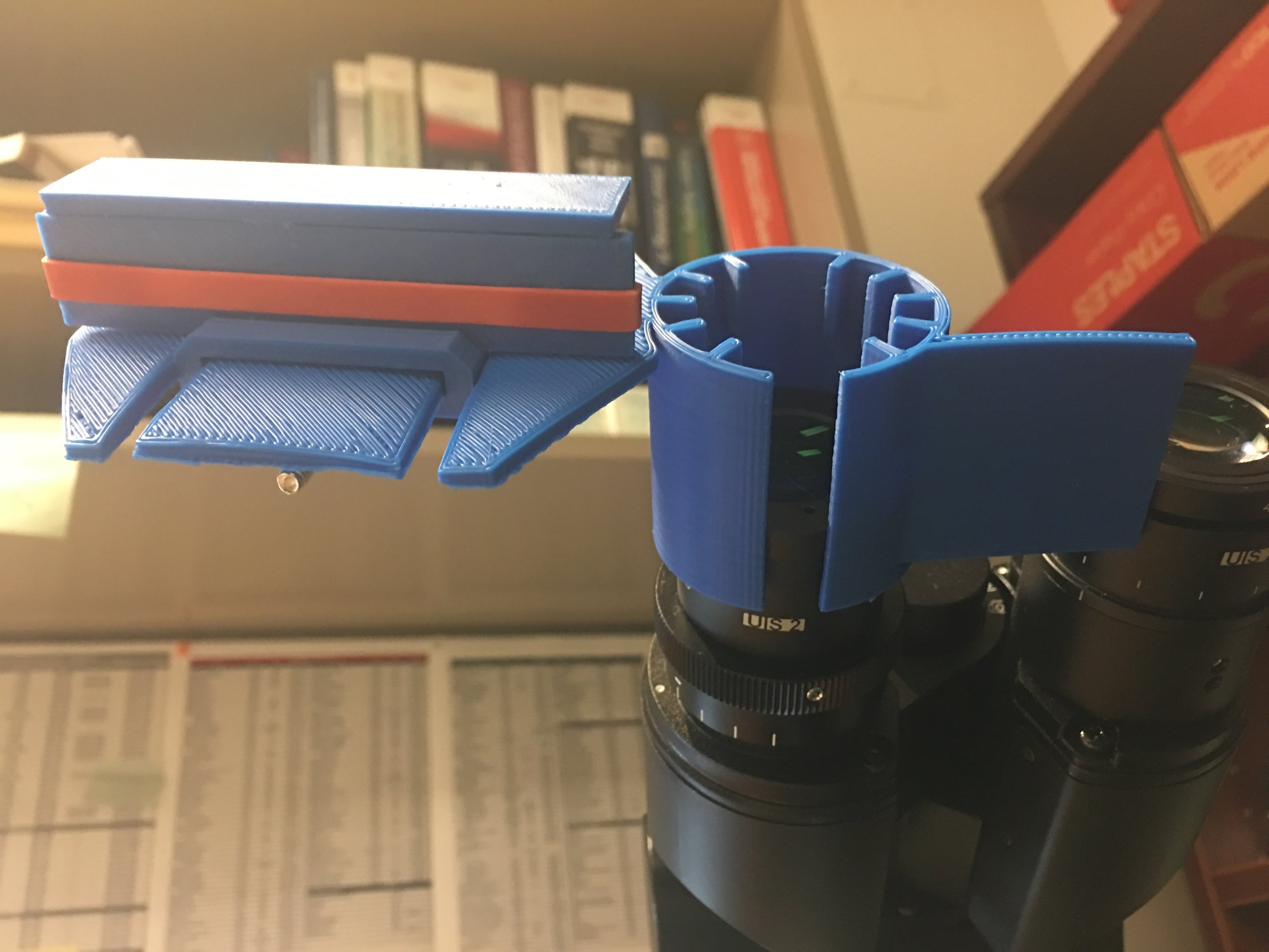 Place Mount on LEFT Eyepiece