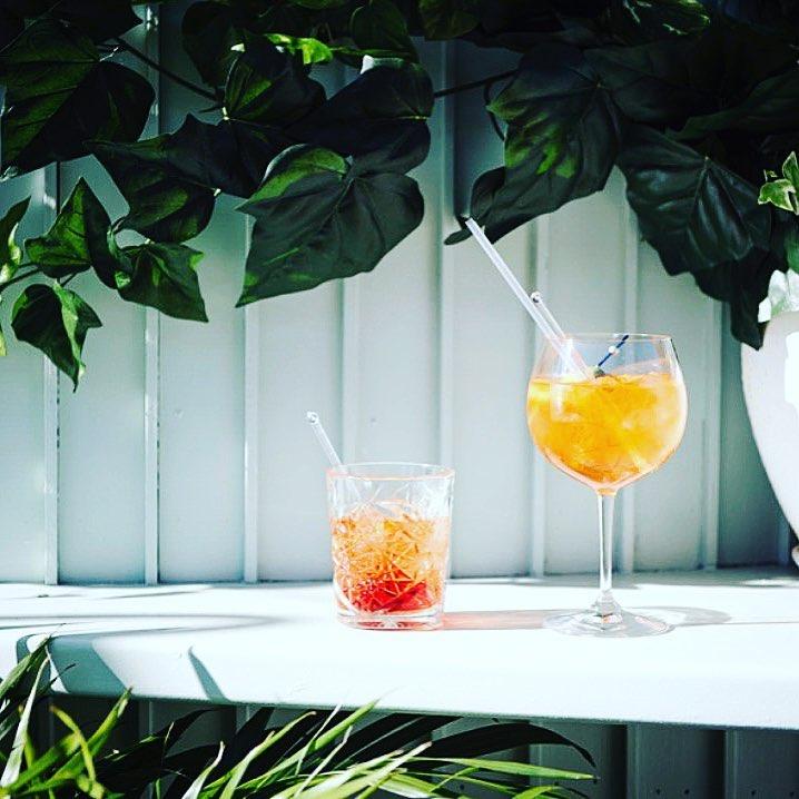 Gazebo-Cocktails-Courtyard-Aperol-Specials
