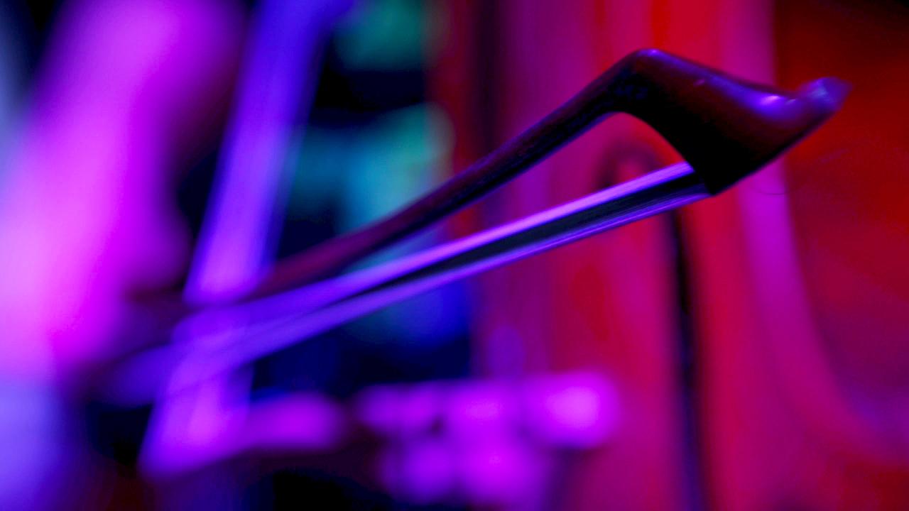GuitarStrongStill1.jpg