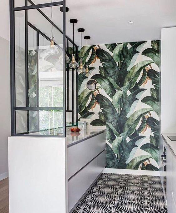Steel windows and Envelope on the floor | Caroline Andreoni - Paris project