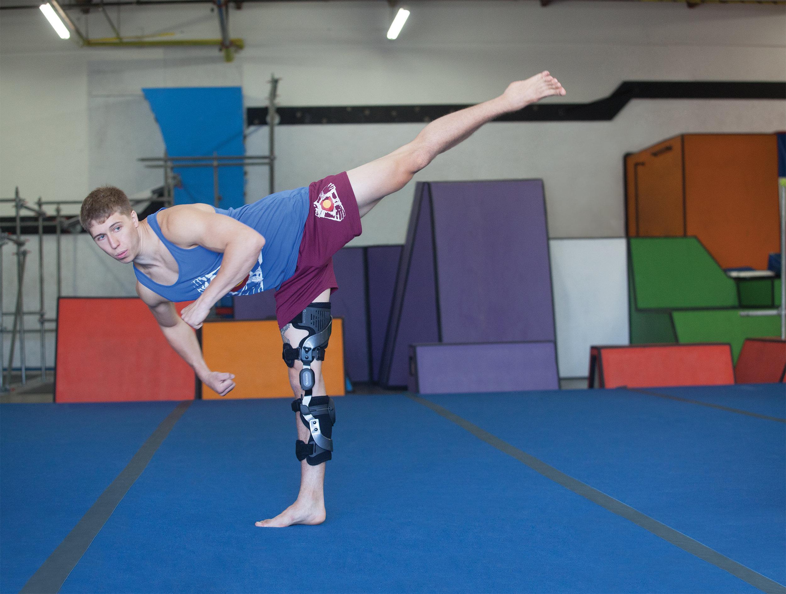 Ossur Rebound PCL Knee Orthosis