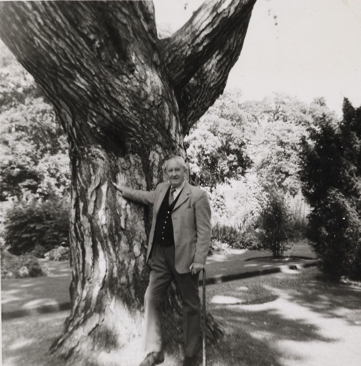 Photography source: The Tolkien Trust 1977