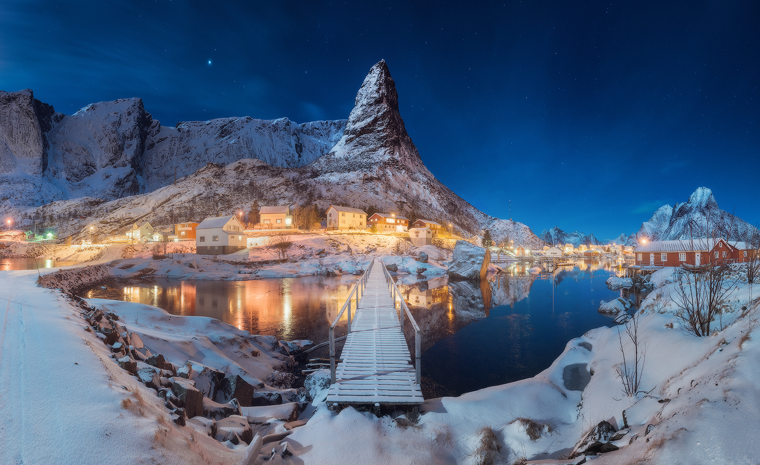 Photography by    Daniel Kordan