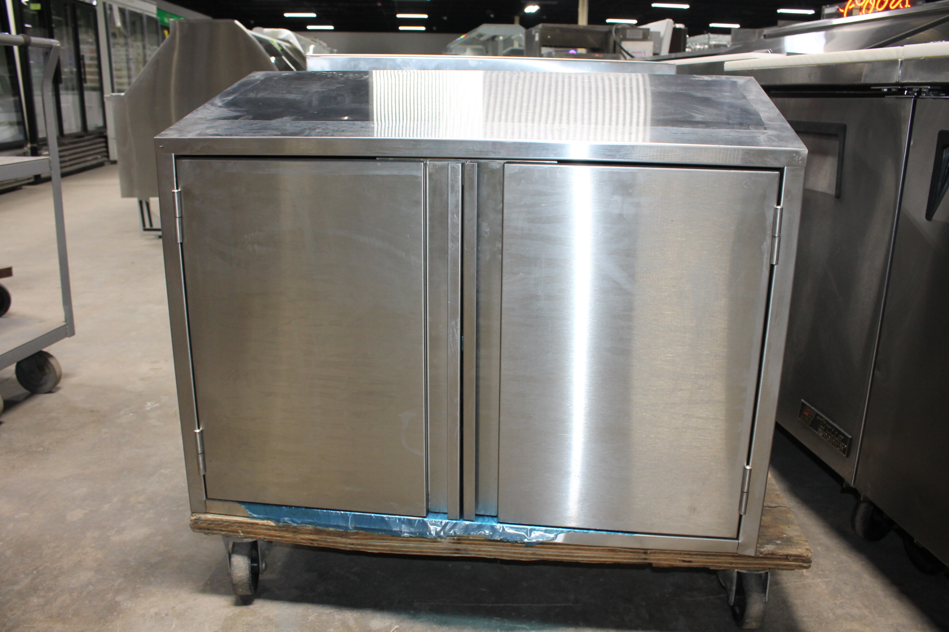 EAGLE-WCH-36 Wall Mounted Stainless Cabinet-$call$