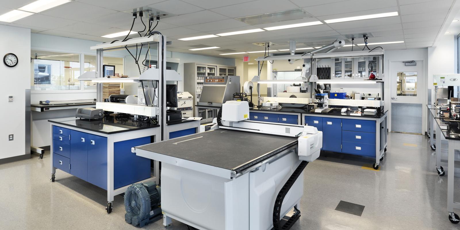 EMD-Lab 3-Medcropped.jpg