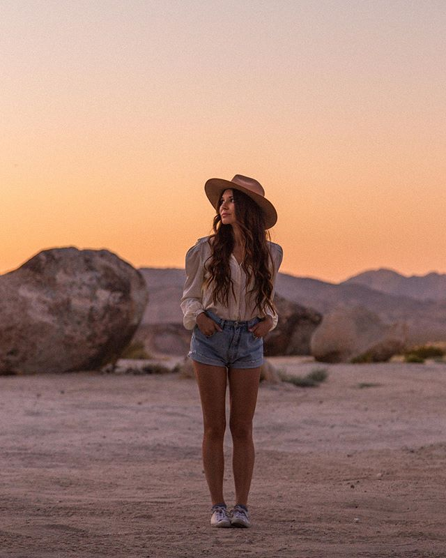 Desert embodiment ✨I'm so grateful to have @rubysunn capturing our desert getaway with these dreamy photos. Every time I visit the Joshua Tree area I feel so much worth. This is why I always manifest the most when I am there, it's because I feel good, I use empowered words and I embody my dream life there. Embodying a feeling is the path to obtaining the dream life you seek. And it's really about the surrender while embodying the feeling. Try it out today, walk around your space and feel into whatever you want to create, speak lovely words to your new home or new abundance or new job as if it already exists. Use high vibing words and embody the person you want to be and watch how inspired action flows through 🌙 #embody #highvibe #manifest #love #create #topangamoon