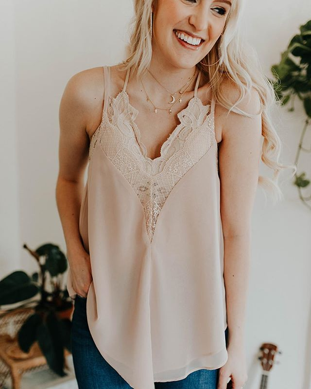 N E W • to online • now offering FREE SHIPPING on EVERYTHING #frankieandjules #fnjstyle #shopfnj #personalshopper #shopsmall #boutiquestyle #ootd #whatimwearing #whatiwore #bohoblogger #midwestbloggerskc #midwestdressed #outfitinspo #styleinspo #shopkc #localkc #kansascity #ambassador #flatlayfashion #smalltownboutique  #supportlocal #shoppinglocal #musthave #boutique #shopsmalltoday