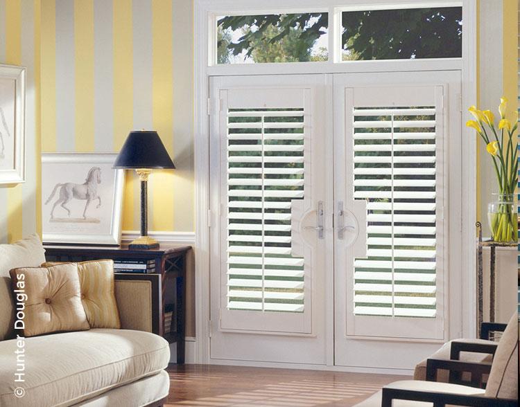 HD_res_wood-shutter_door.jpg