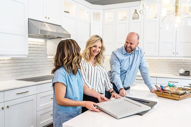 I think they are smiling so much because it's Friday! 😛  A photo shoot with one of our awesome clients, Hamlet Homes. #utahhomes #utahcustomhomes #fxhometours #fullframehometours #utahhomebuilder