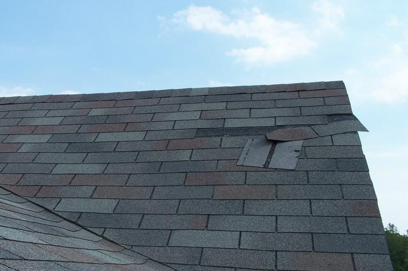 roof-wind-damage.jpeg