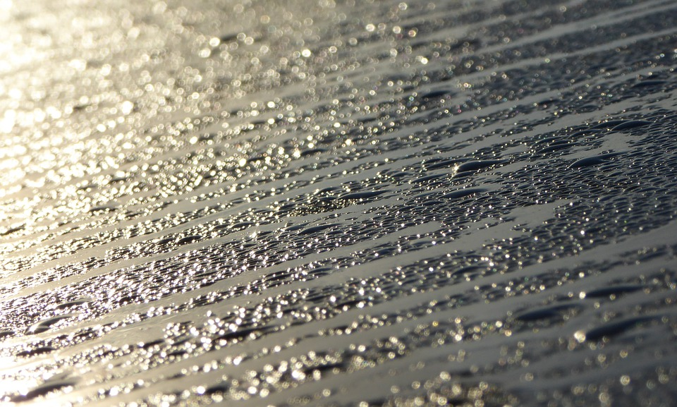 shingle condensation.jpg