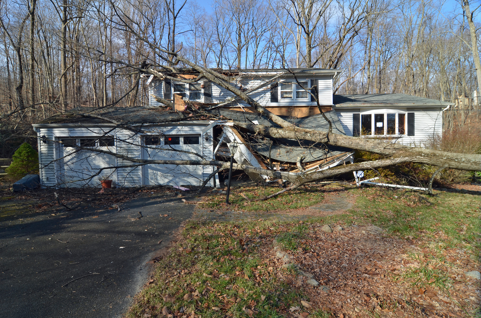 byram-nj-nov-23-2012-high-winds-caused-by-hurricane-sandy-on-oct-29-2012-blew-41123f-1600.jpg