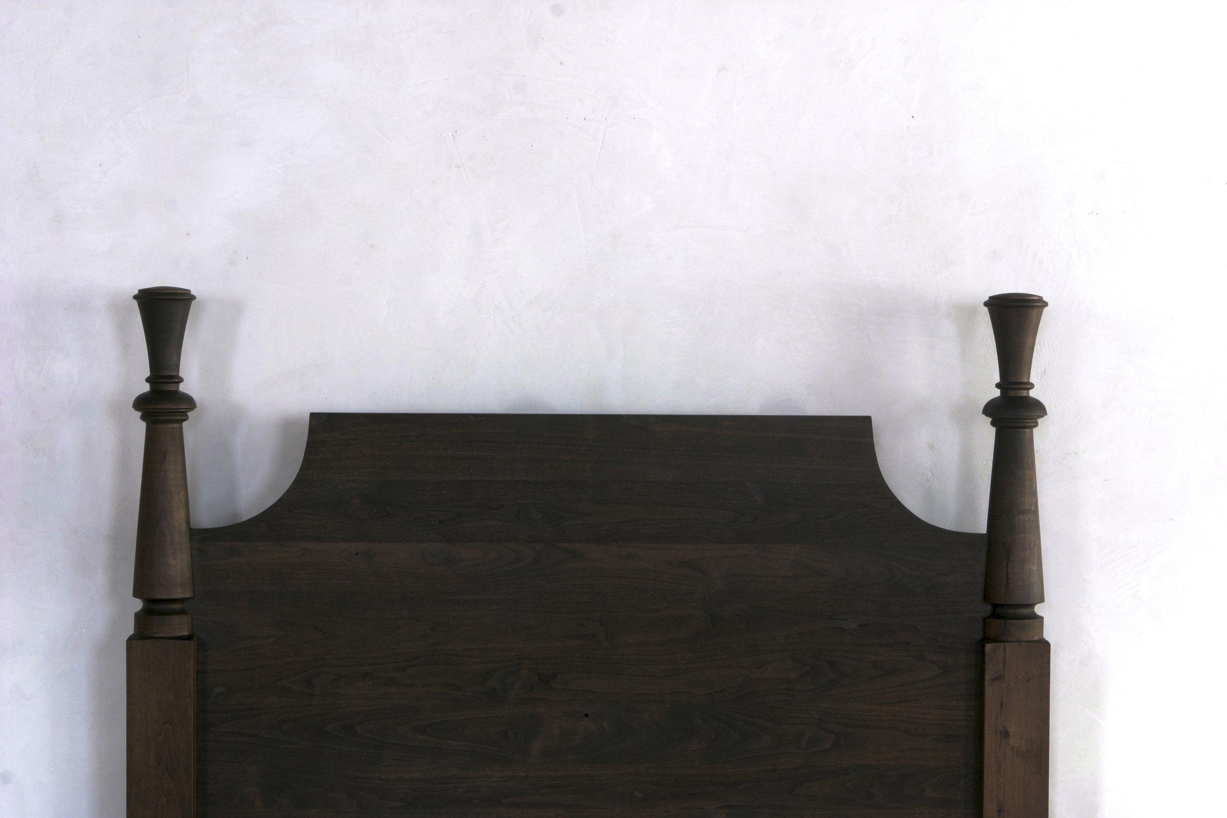 Millstream Bed Walnut Oiled Detail.JPG