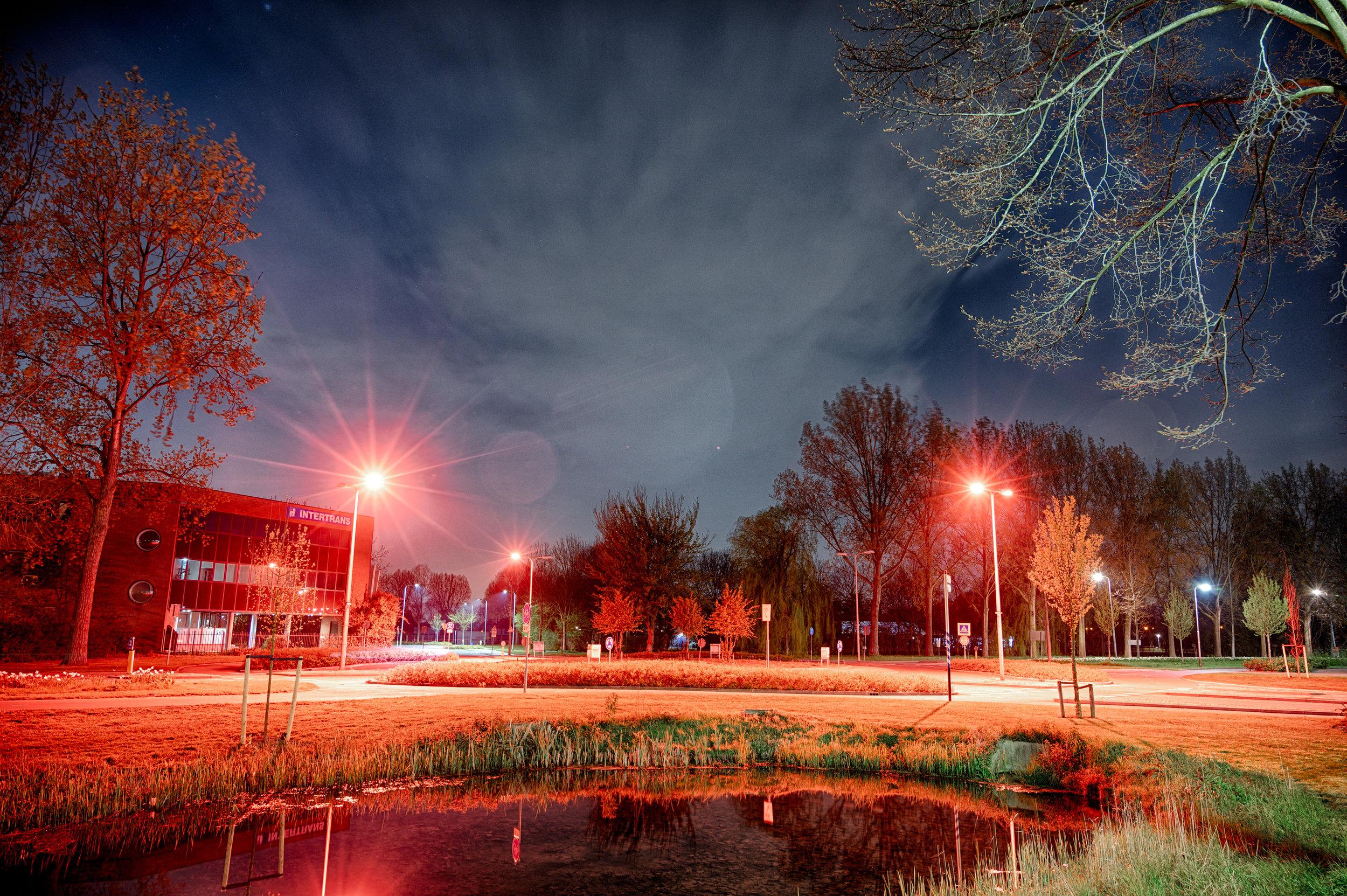 Rotonde bij de Fakkel, Ridderkerk  f/4, 5.00 seconden, ISO 500