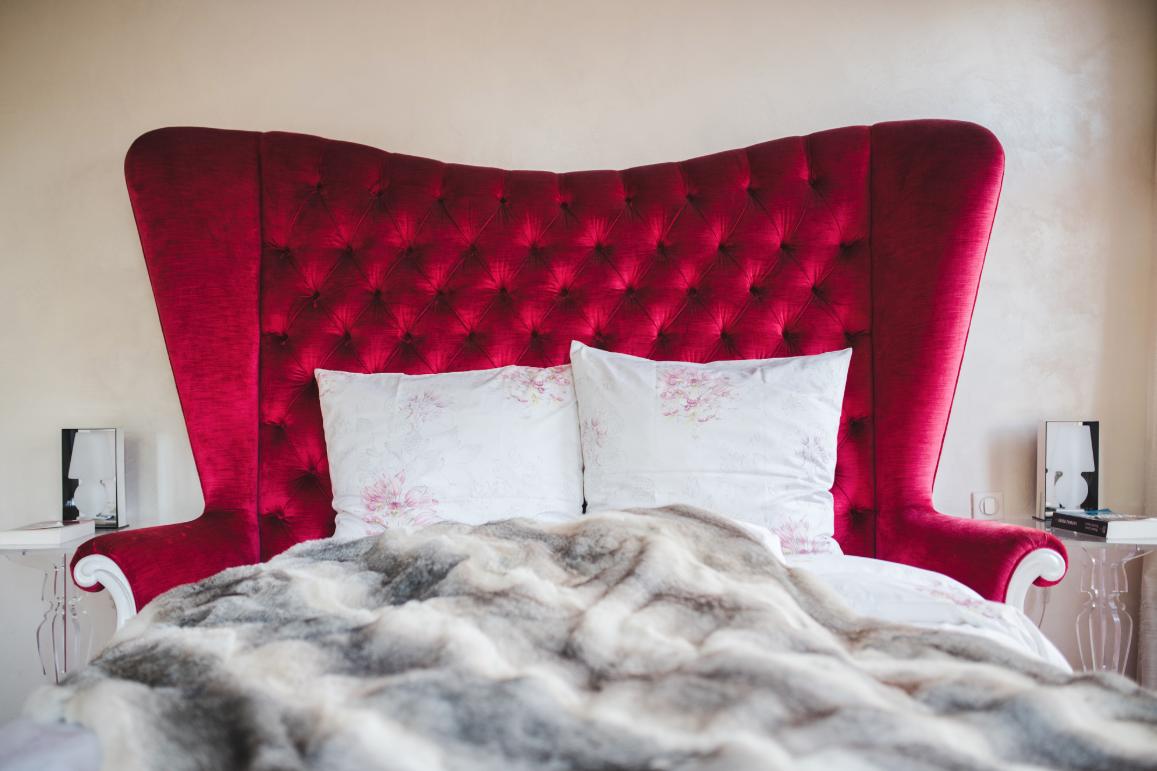A luxurious suite brings contemporary style to the historic  Du Côte de Chez Anne .