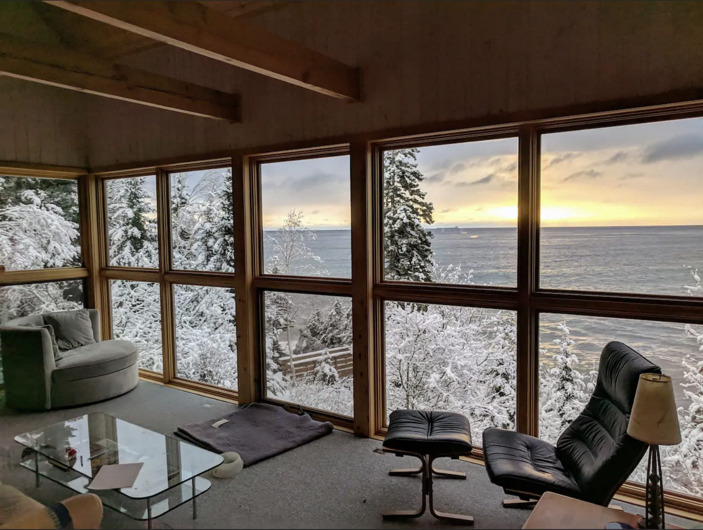 Floor-to-ceiling windows make this snowy view of Lake Superior absolutely stunning. /  Source