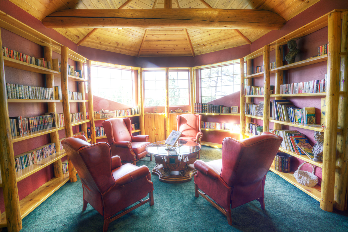Stonehaven_HDR_Library_0039.jpg