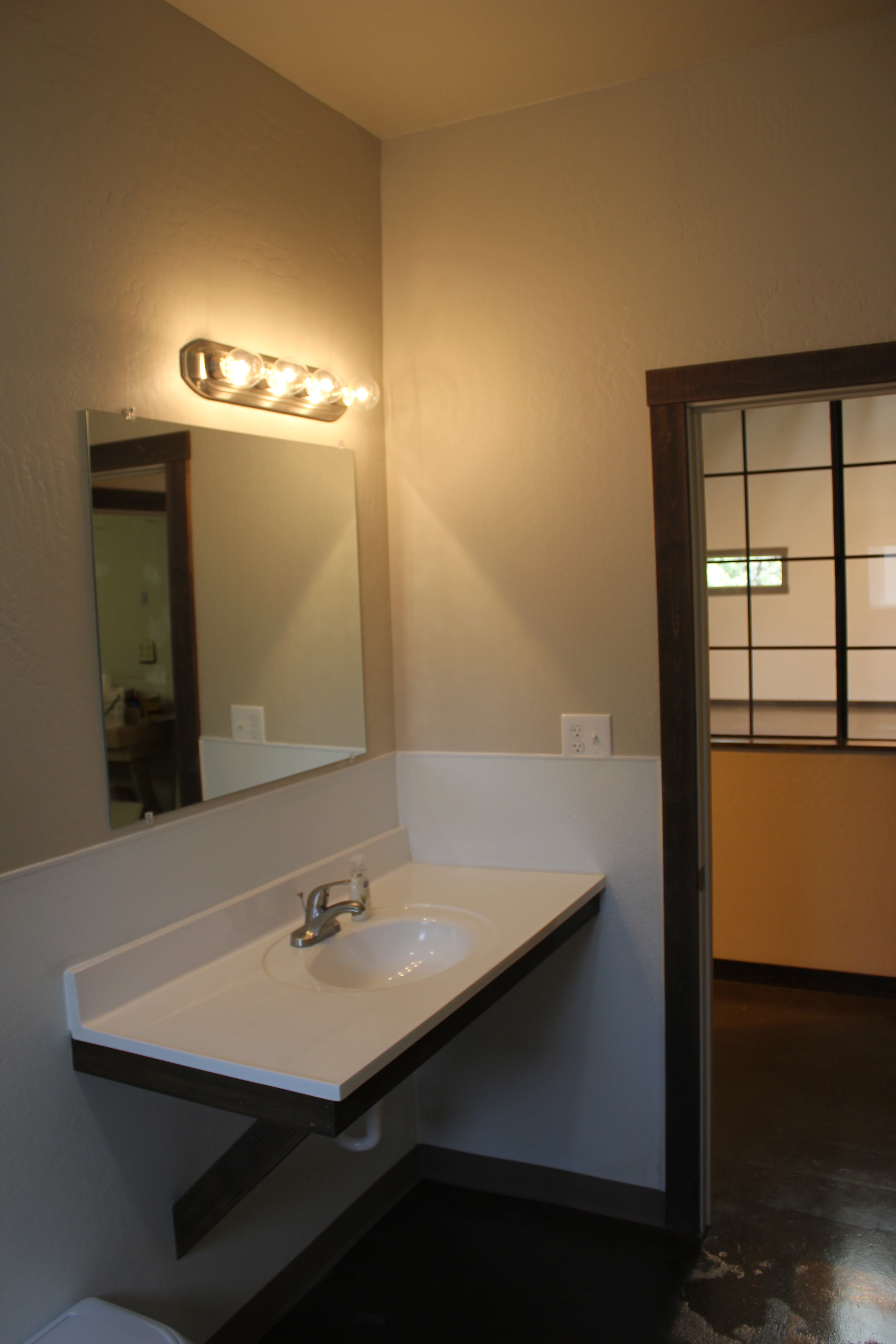 Barn-One of two Bathrooms