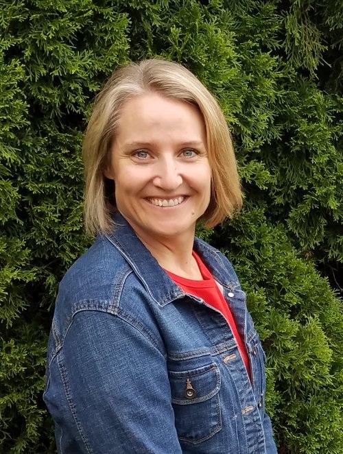 Administrative Assistant - Lara Timblin