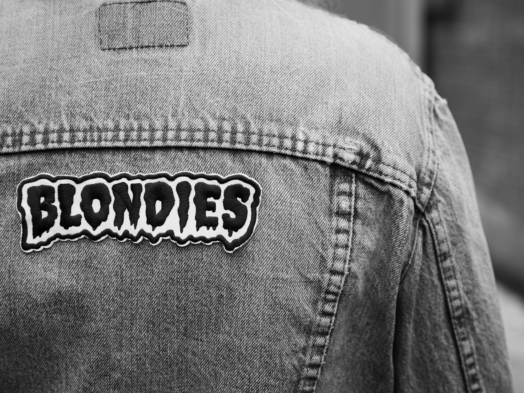 Blondies_Merch_132_BW.jpg