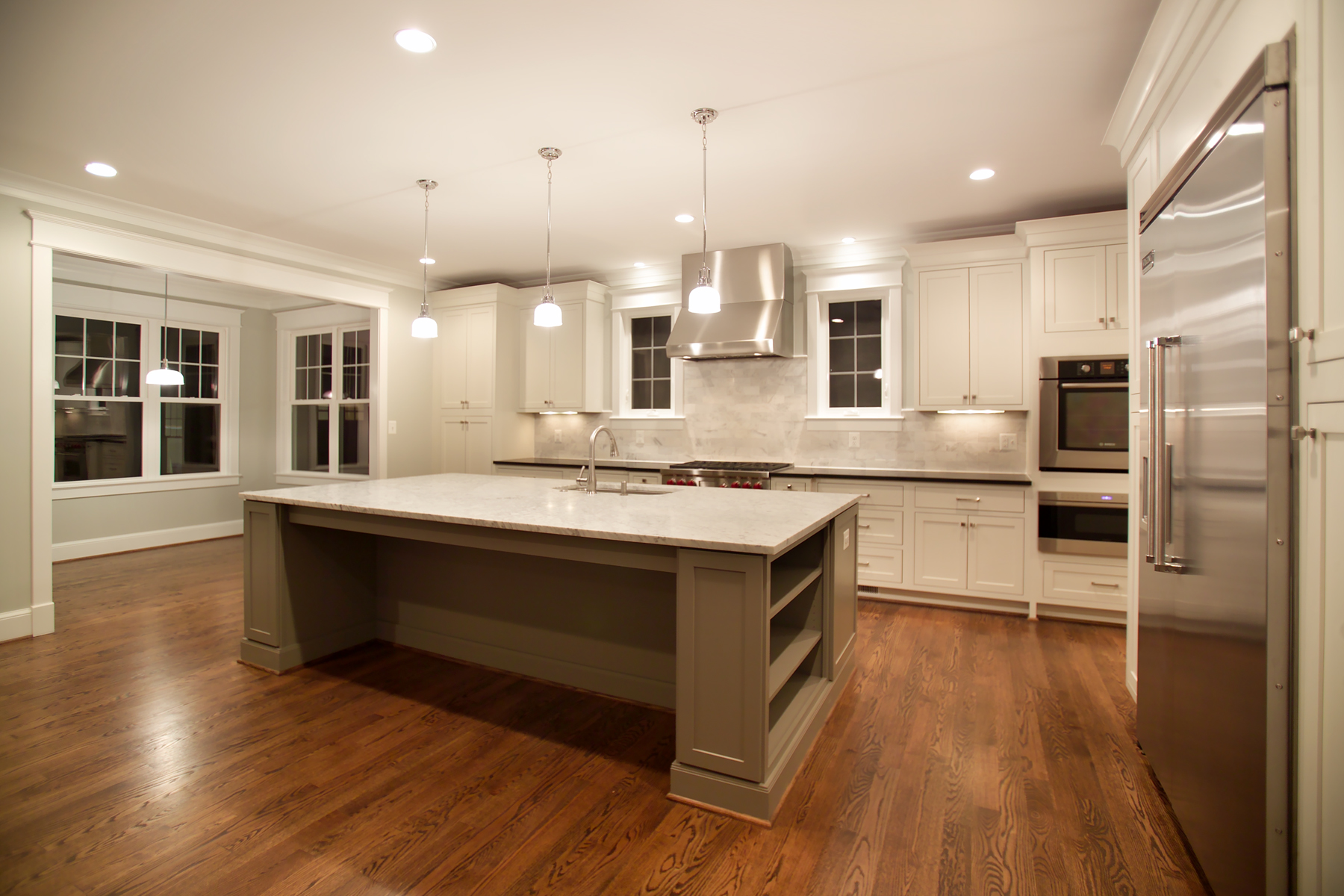 Kitchen 5 - Overall View to Breakfast Area at night.jpg