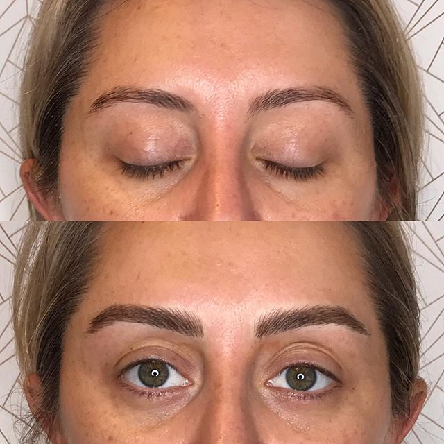 Finishing touches on Laura! 😍 Thank you! ✨🌹✨ : : : : : : : : : : #fluffybrows #beforeandafter #microblading #browtransformation #brows #browbabe #permanentmakeup #hairstrokes #realistictattoo #eyebrowtattoo #browmakeover #cosmetictattoo #cosmetictattooing #featherbrows #browsonpoint #fluffybrows #pmu #naturalbrows #browsnyc #brooklynbrows #newyorkcity #williamsburg