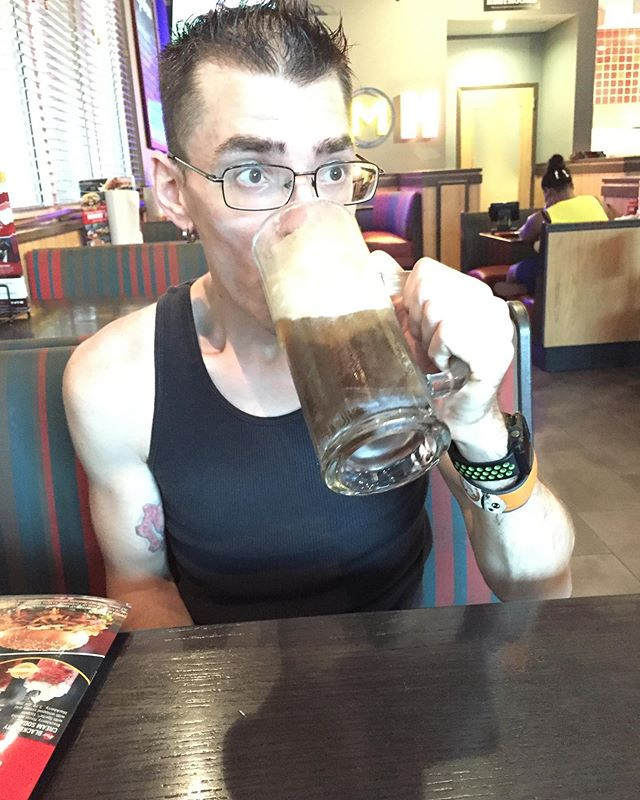 I need a beer!!! a root beer float Looking into getting a resin printer to try or review all three major company said No  1. elegoo Mars.  2. longer Orange 10  3.creality 3d  but they did say when I have the 💲funds give them a call😉☺️ yea... rejection
